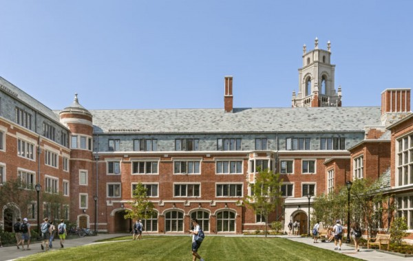Yale_Residential_Colleges_3_Peter_Aaron-OTTO-800x550