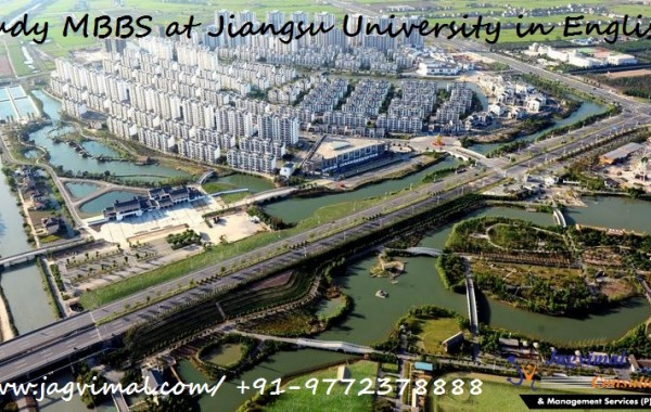 Study MBBS at Jiangsu University in English